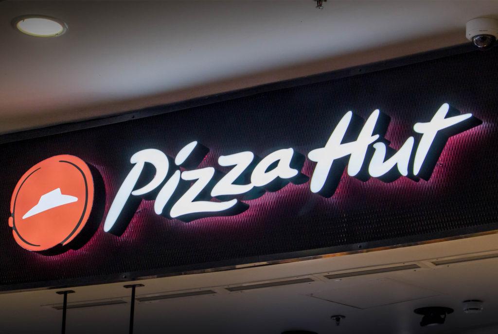 3d felirat dobozbetű pizza hut Budaörs bepro