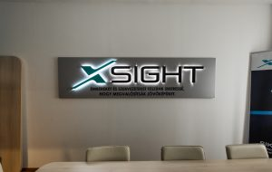 xsight logo illuminated sign channel letter Bepro
